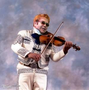 Elton_mariachi